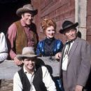 The Cast Of Gunsmoke - 454 x 256
