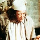 SCROOGE 1970 Motion Picture Musical Starring Albert Finney - 454 x 296