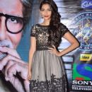 Sonam KBC Promoting Mausam Pics