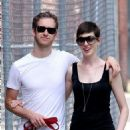 Anne Hathaway and fiance Adam Shulman walking Esmeralda in Brooklyn, NY (August 25) - 454 x 627