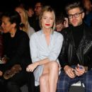 Laura Whitmore E Tautz Show At The London Collections Men Aw15