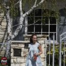 Jennifer Love Hewitt - Los Angeles Candids, 29.03.2009.