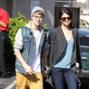 Justin Bieber And Selena Gomez Out At IHOP