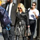 Christina Aguilera – Arrives at Jimmy Kimmel Live in Hollywood - 454 x 636
