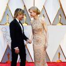 Keith Urban and Nicole Kidman At The 89th Annual Academy Awards - Arrivals (2017) - 400 x 600
