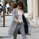 Jessica Biel stops by her restaurant Au Fudge for lunch in West Hollywood, California on January 24, 2017 - 432 x 600