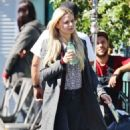 Jennifer Morrison – Filming 'Once Upon a Time' in Vancouver September 24, 2016 - 454 x 538