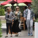 Kate Hudson – Out in Los Angeles - 454 x 303