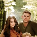 Vanity Fair Magazine Pictorial The Hunger Games [United States] (December 2011)