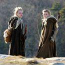 Emma Stone – On the set of 'Maniac' in Kerhonkson - 454 x 343