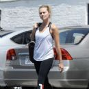 Margot Robbie heads to a gym in Los Angeles