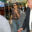 Katie Holmes in stylish high waisted jeans