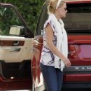 Katherine Heigl - Los Feliz Candids, 11.09.2008.