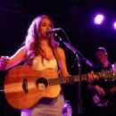 Una Healy – Performs live at the Lexington on Pentonville Road in London - 454 x 339