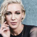 "Katie Cassidy – ""Arrow"" Portraits at SDCC 2019 - 454 x 312"