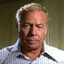 Airport 1975 - George Kennedy - 320 x 240
