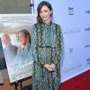 Vera Farmiga – 'Boundaries' Premiere in Los Angeles - 454 x 671