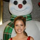 Julie Gonzalo - 'Christmas With The Kranks' Premiere