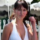 Jennifer Love Hewitt In White Dress At The Ivy Restaurant