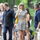 Taylor Swift Leggy Out In Nyc