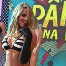 Carol Gonçalves - 348 x 464