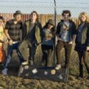 (Left to right) CHARLIE SAXTON, TIM JO, RYAN DONOWHO, VANESSA HUDGENS, GAELAN CONNELL and ALYSON MICHALKA star in BANDSLAM. Photo Credit: Van Redin. © 2008 Summit Entertainment, LLC., and Walden Media, LLC. All rights reserved. - 454 x 303