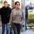 Selena Gomez – Out of lunch in Beverly Hills