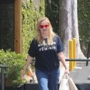 Pretty – Reese Witherspoon – Leaves R+D restaurant on Montana Ave in Santa Monica