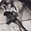 Martha Vickers - 454 x 555