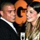 Ronaldo and Daniela Cicarelli - 454 x 303