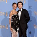 Zoe Saldana and Orlando Bloom pose in the press room during the 71st Annual Golden Globe Awards held at The Beverly Hilton Hotel on January 12, 2014 in Beverly Hills, California