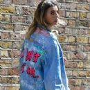 Dani Dyer – Photoshoot candids on the Portobello Road in Notting Hill