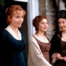 Emma Thompson, Gemma Jones, Kate Winslet in Sense and Sensibility (1995)