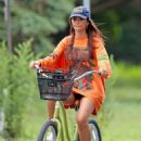 Emily Ratajkowski – Bike ride in The Hamptons