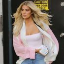 Khloe Kardashian – Leaves the studio in Los Angeles - 454 x 681
