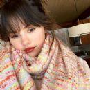 Selena Gomez – Social Media