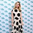 Lily James – Into Film Award 2019 at Odeon Luxe Leicester Square in London 04/03/2019 - 454 x 666