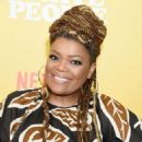 Yvette Nicole Brown – 'Dear White People' Season 3 Premiere in Los Angeles - 454 x 515
