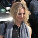 Kaley Cuoco - Visits 'Late Show With David Letterman' At The Ed Sullivan Theater, 2010-04-21