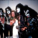 Kiss & Star Stowe, Mothers Studio, New York City, April 9, 2014 - 454 x 334