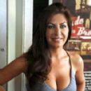 Tammy Pescatelli - 283 x 425