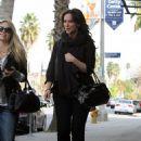 Jennifer Love Hewitt heads to a beauty and skin care salon in Burbank 3/12/10