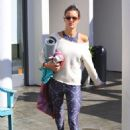 Alessandra Ambrosio – Leaves her yoga class in Brentwood - 454 x 641