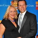 Nicole Sullivan and Jason Packham - 300 x 400
