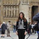 Kelly Brook – Filming in Paris - 454 x 681