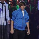 Justin Bieber Rocks the Juno Awards, Jets to Toronto