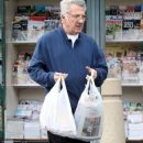 Dustin Hoffman buying some magazines on Christmas day in Brentwood, California on December 25, 2012