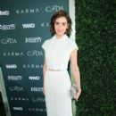 Alison Brie – CFDA Variety and WWD Runway to Red Carpet in LA - 454 x 681