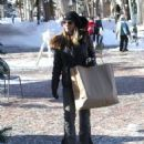 Lori Loughlin goes out on Christmas Eve to do a little last minute shopping in Aspen, Colorado on December 24, 2014 - 454 x 532