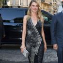 Angela Lindvall – Arriving at Vogue Dinner Party in Paris - 454 x 769